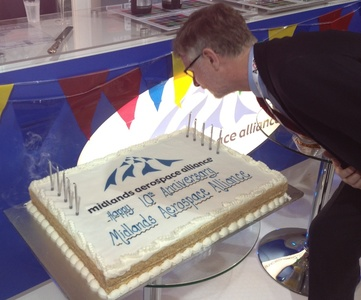 Birthday Cake Images For Maa : Midlands Aerospace Alliance - The MAA at Farnborough 2012 ...