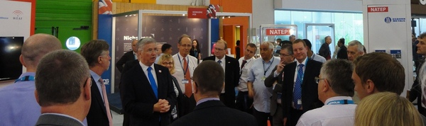 Business minister meets maa exhibitors